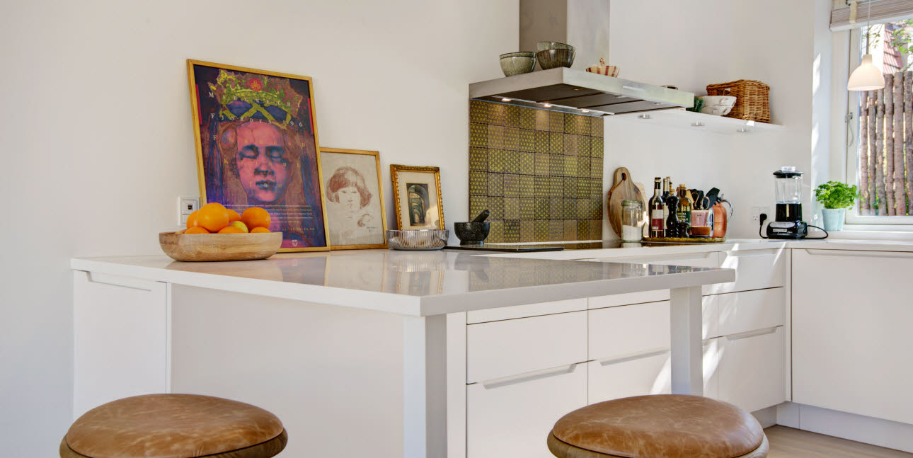 Kitchen with a strong personal touch