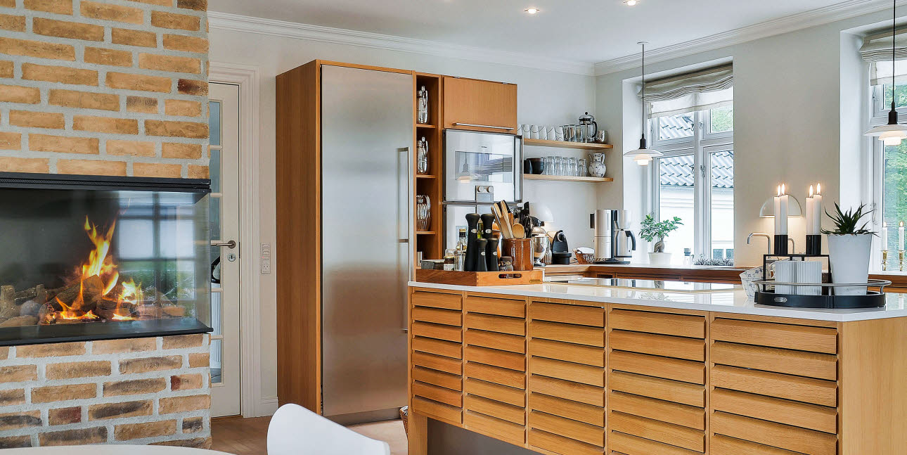 Oak kitchen