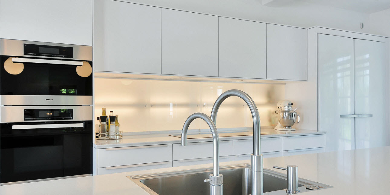 Spacious designer kitchen from uno form